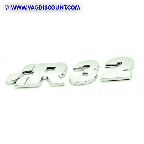 1j0853675q739 badge embleme sigle golf 4 r32 coffre pi ces volkswagen audi seat skoda. Black Bedroom Furniture Sets. Home Design Ideas